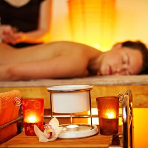 Aromatherpy-Holistic-Massage-Therapy
